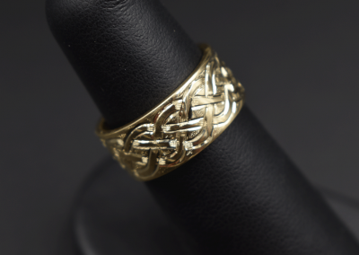 engraved-celtic-ring